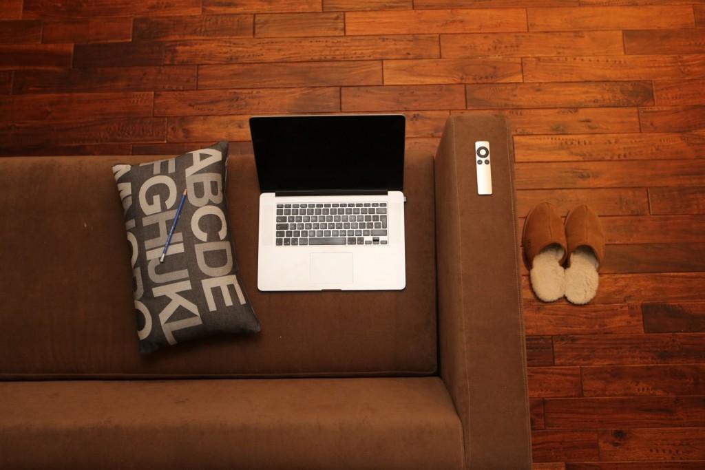 Acompanhar um Congresso Online do conforto de casa